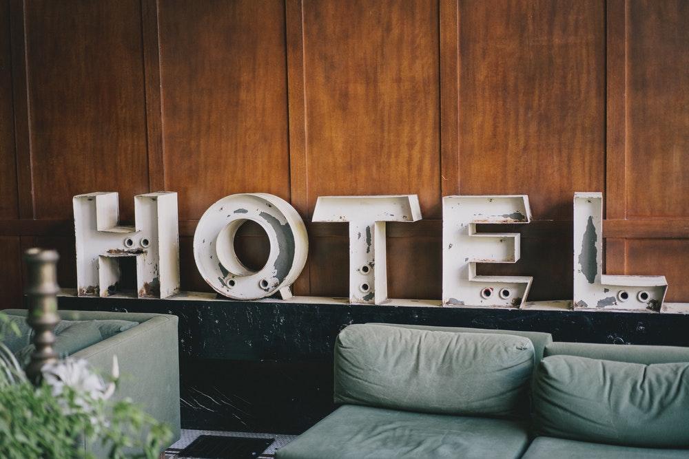 Un nou hotel în Bucureşti. Adrian Adam, director general pentru hotelul Courtyard by Marriott din Pipera.